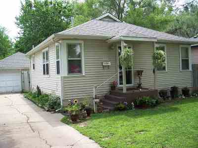 Wichita Single Family Home For Sale: 138 S Gordon