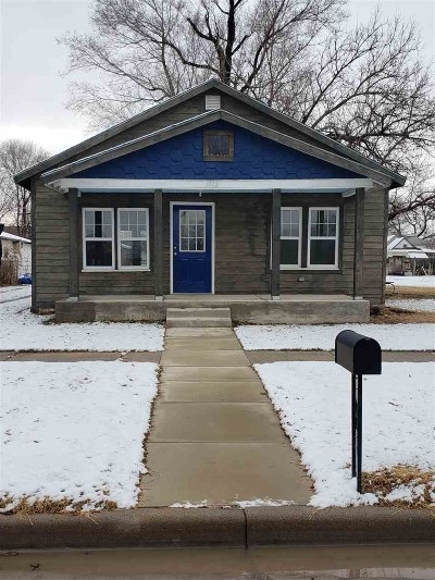 Winfield KS Single Family Home For Sale: $52,500