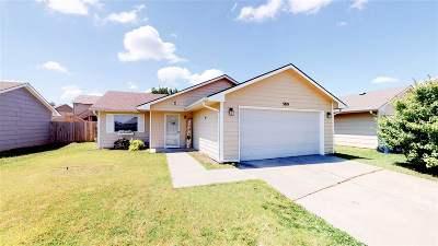 Wichita Single Family Home For Sale: 5819 E Pembrook St