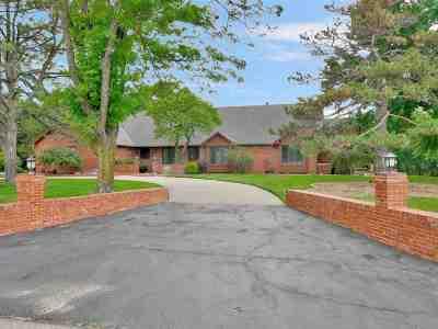 Wichita Single Family Home For Sale: 2531 N Cedar Crest Dr