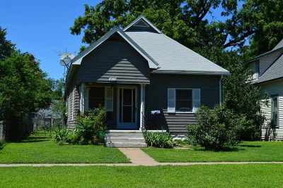 Wichita Single Family Home For Auction: 1028 W Munnell St