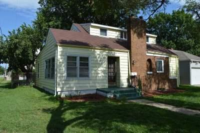 Wichita Single Family Home For Auction: 600 Sylvan Ln