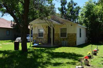 Wichita Single Family Home For Auction: 1617 S Richmond St