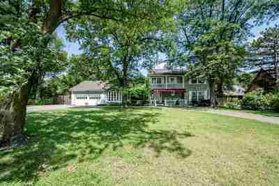 Sedgwick County Single Family Home For Sale: 16 S Hampton Rd