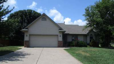 Sedgwick County, Butler County, Reno County, Sumner County Single Family Home For Sale: 105 N Finch
