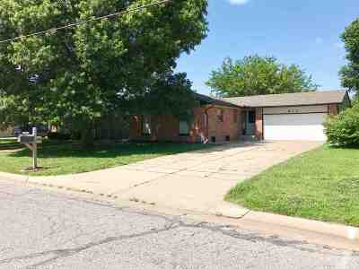 Mulvane Single Family Home For Sale: 911 N 1st Ave