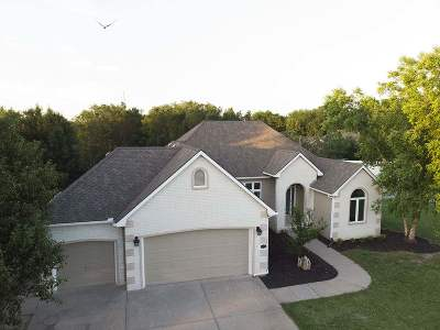 Wichita Single Family Home For Sale: 1395 N Hickory Creek Ct
