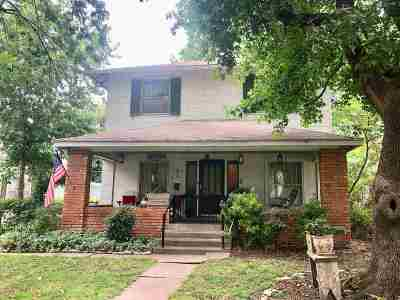 Arkansas City Single Family Home For Sale: 423 N 4th Street