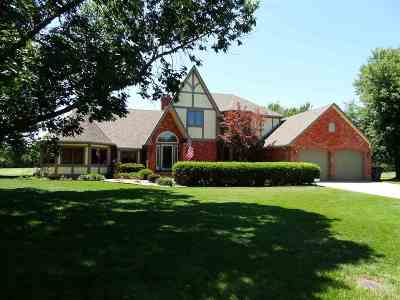 Wichita Single Family Home For Sale: 2517 N Plumthicket Ct.