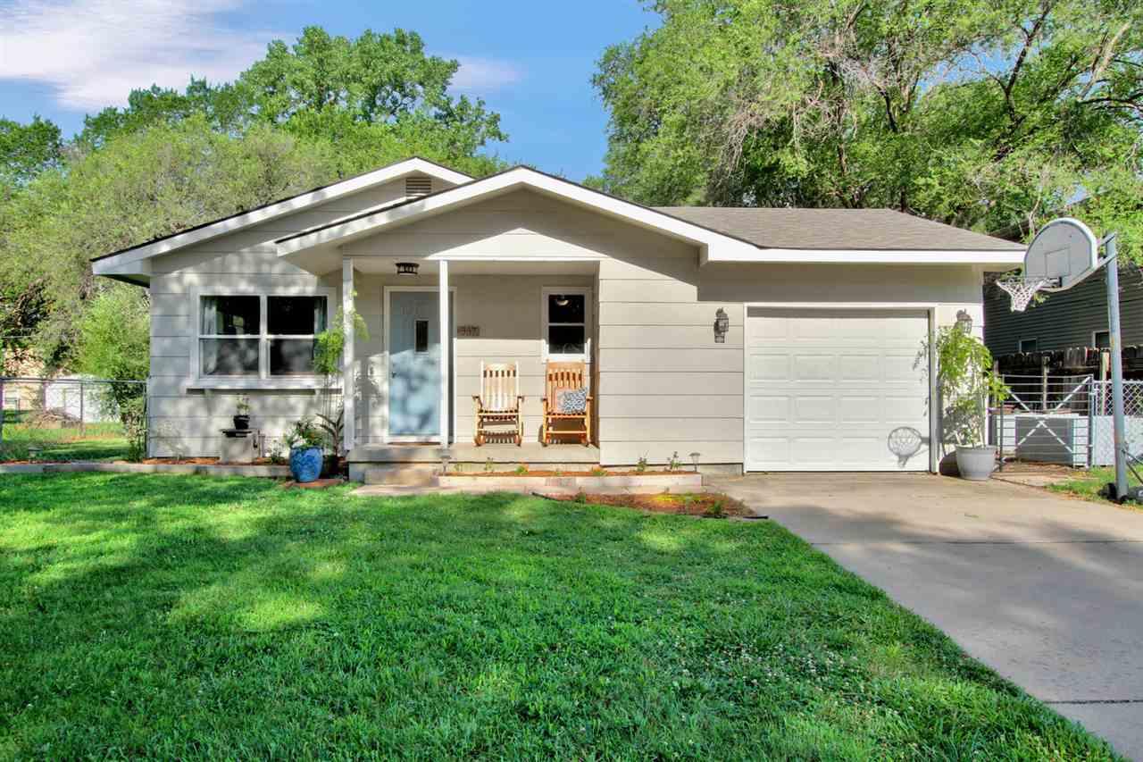 937 Money St, Augusta, KS | MLS# 569403 | Realty Executives