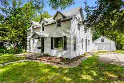 Newton Single Family Home For Sale: 724 E 1st St