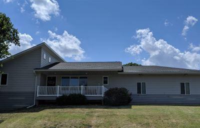 Wellington Single Family Home For Sale: 1304 N H St