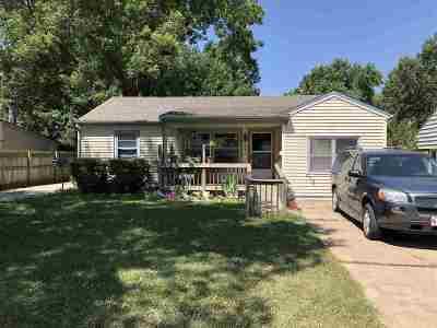 Winfield KS Single Family Home For Sale: $61,000