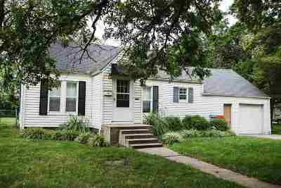 Halstead Single Family Home For Sale: 611 Chestnut St.