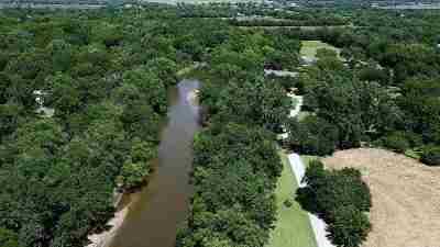 Wichita Single Family Home For Sale: 1602 W 61st St N