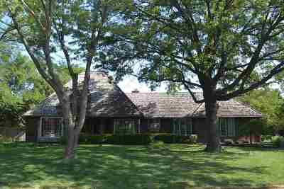 Wichita Single Family Home For Sale: 7942 E Dublin Ct