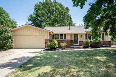 Wichita Single Family Home For Sale: 2724 N Terrace