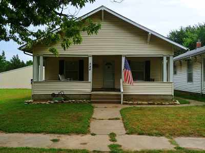 Arkansas City Single Family Home For Sale: 724 N 4th Street
