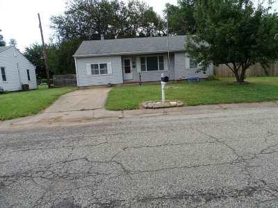 Wellington Single Family Home For Sale: 1115 S G