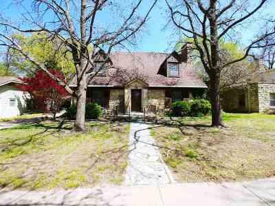 Arkansas City Single Family Home For Sale: 1216 N 3rd