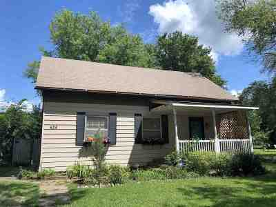 Belle Plaine Single Family Home For Sale: 424 N Main St