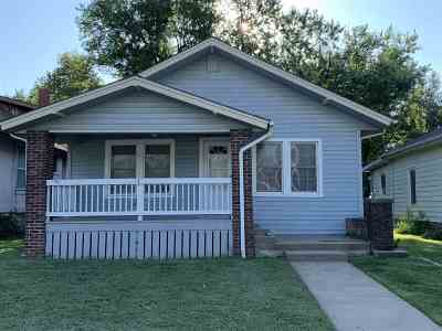 Winfield KS Single Family Home For Sale: $79,900