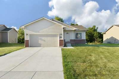 Wichita Single Family Home For Sale: 9505 E Champions St