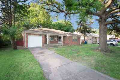 Wichita Single Family Home For Sale: 5908 Avalon St