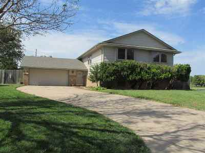 Wichita Single Family Home For Sale: 11946 W Rolling Hills Ct.