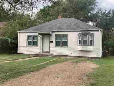 Wichita Single Family Home For Sale: 619 Harding