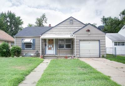 Hutchinson Single Family Home For Auction: 621 E 6th Ave