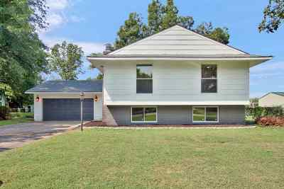 Derby Single Family Home For Sale: 8347 S Millsap