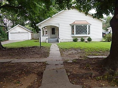 Arkansas City Single Family Home For Sale: 609 N 4th St