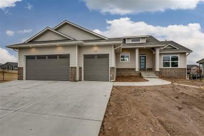 Wichita Single Family Home For Sale: 1220 S Fawnwood