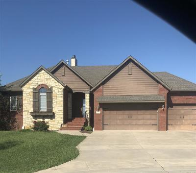 Wichita Single Family Home For Sale: 2220 N Loch Lomond Ct