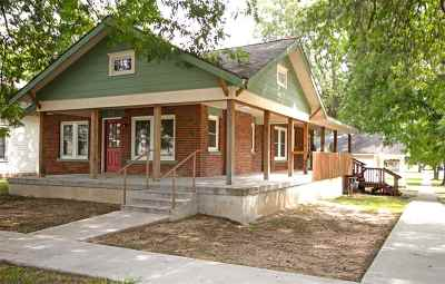 Arkansas City Single Family Home For Sale: 702 N 4th St