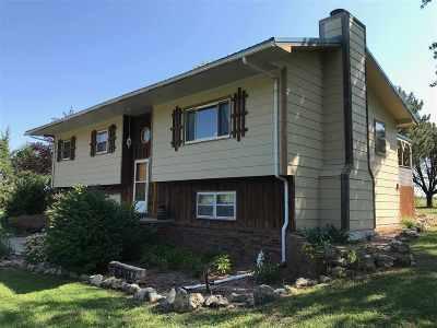 El Dorado Single Family Home For Sale: 1902 SW Sunny Hills Rd