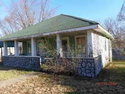 Single Family Home For Sale: 2927 Ohio