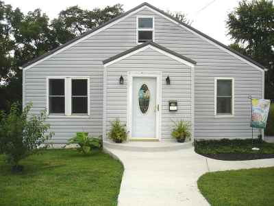 Ashland Single Family Home For Sale: 842 French Broad