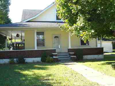 Ashland Single Family Home Pending-Continue To Show: 2401 Central