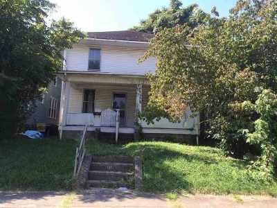 Ashland Single Family Home For Sale: 3008 Bath
