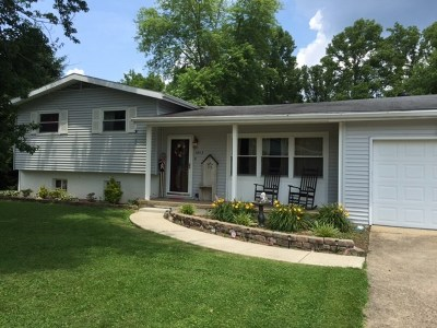 Flatwoods Single Family Home Pending-Continue To Show: 1413 Walnut