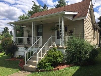 Ashland Single Family Home For Sale: 3908 Cactus Street