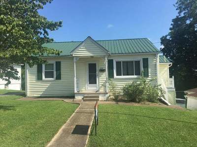 Carter County Single Family Home For Sale: 210 W 2nd