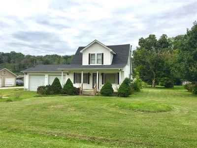 Lawrence County Single Family Home For Sale: 155 East Clayton Ln