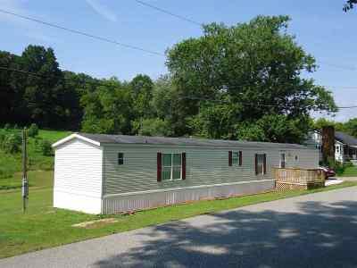 Ashland Single Family Home Active-Back On Market: 1900 Ike Patton Drive