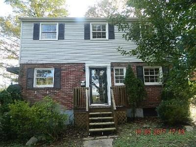 Ashland Single Family Home For Sale: 1570 Prospect Place
