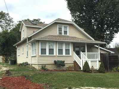 Ashland Single Family Home For Sale: 2251 Smith Street