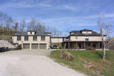 Boyd County Single Family Home For Sale: 20103 Bear Creek Road