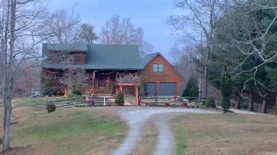 Carter County Single Family Home For Sale: 165 Oak Crest Drive